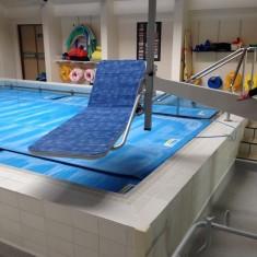 Neptune-pool-hoist-stretcher.JPG