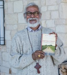 """KP Yohannan's """"Revolution in World Missions"""" Hits 4 Million Copies, Gospel for Asia Announces"""