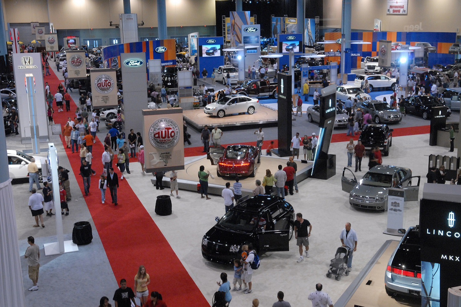Stay At The Beacon Hotel During The Th Annual Miami Auto Show - Car show miami today